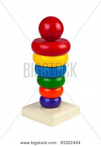 Pyramid from colored wooden rings