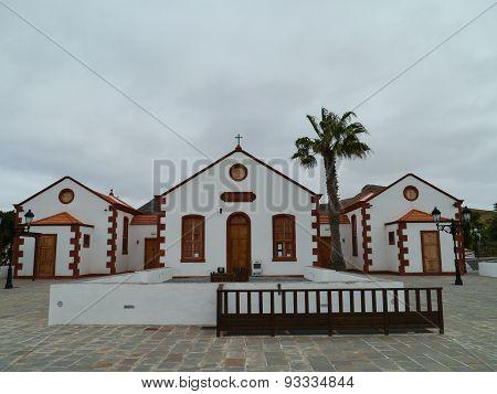 Historic building in La Ampuyenta