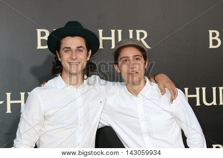 LOS ANGELES - AUG 16:  David Henrie, Lorenzo Henrie at the