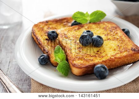 French Toast With Blueberries