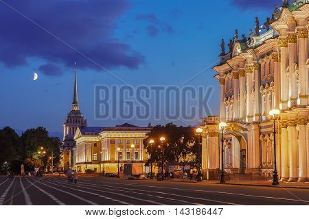 View from the Palace Square on the building of the Admiralty and the Hermitage in Saint Petersburg at night