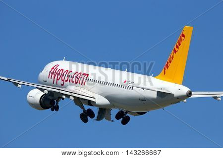 AMSTERDAM-SCHIPHOL - AUG 17 2016: Pegasus Airlines Airbus A320 take-off from Amsterdam Schiphol airport in The Netherlands