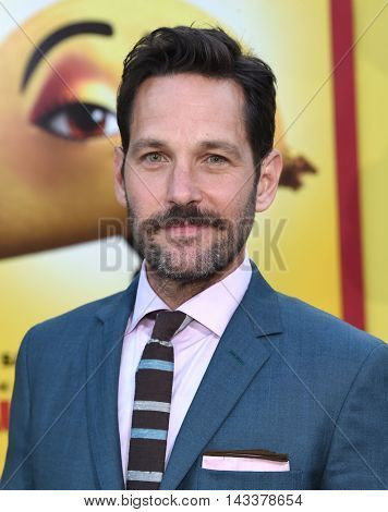 LOS ANGELES - AUG 09:  Paul Rudd arrives to the