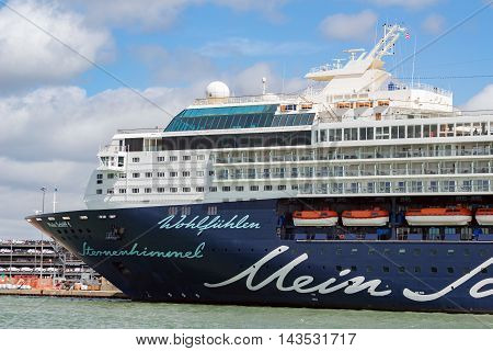 Southampton/UK. 21st August 2016. Cruise ship Mein Schiff 1 moored up in Southampton prior to an afternoon cruise to Europe.