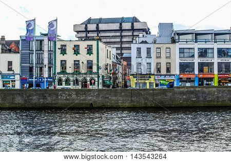 Temple Bar In Dublin (hdr)