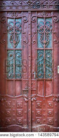 iron door with the handle old metal doors