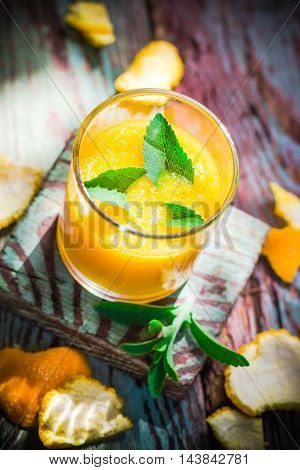 Summer fresh drink: orange mousse with stevia