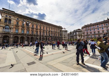 Milan, Italy - April 14:tourists And Photographer Are Relaxing In Fornt Of Duomo Italy , April 14,20
