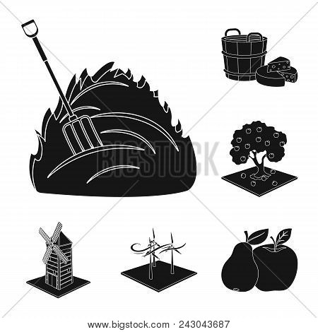 Farm And Agriculture Black Icons In Set Collection For Design. Garden And Plants Isometric Vector Sy