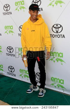 LOS ANGELES - MAY 22:  Jaden Smith at the 28th Annual Environmental Media Awards at the Montage Beverly Hills on May 22, 2018 in Beverly Hills, CA