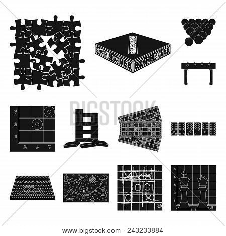 Board Game Black Icons In Set Collection For Design. Game And Entertainment Vector Symbol Stock Illu