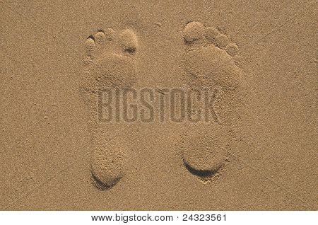 Two footprints on send