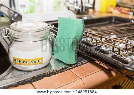 Baking Soda Or Sodium Bicarbonate Are Effective Safe Cleaning Agent