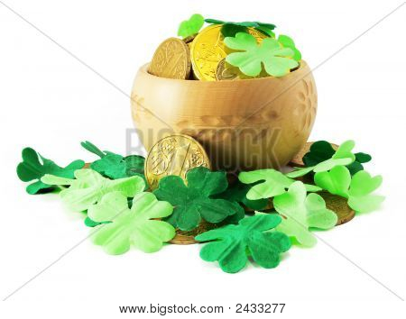 Saint Patrick'S Pot With Gold And Shamrock Isolated