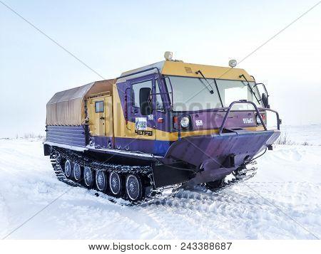 Yamal, Russia - February 20, 2017: Gas Service Crawler Chetra Tm-140 In The Polar Snow Desert.