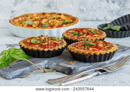 Mini Quiche With Chicken, Onion And Sweet Pepper.