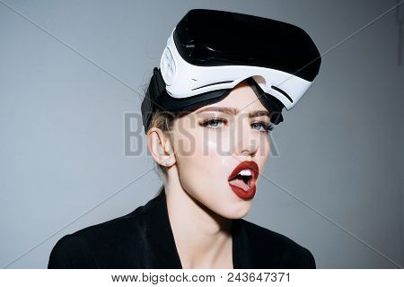 Amazed Attractive Girl With Vr Device. Woman In Vr Headset. Virtual Reality Goggles. Connection, Fut