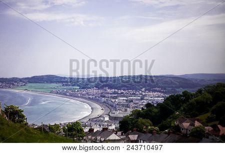 Llandudno Sea Front North Wales, United Kingdom. View Of Beach In A Beautiful Summer Day, United Kin