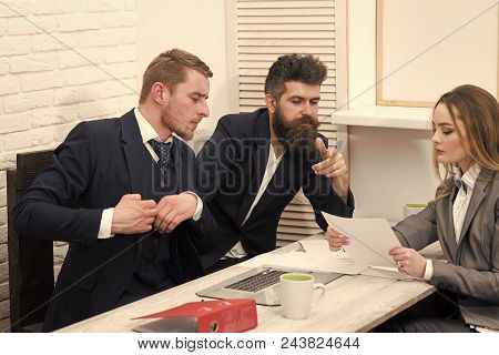 Business Succsses. Woman Lawyer Explain Terms Of Transaction. Business Negotiations, Discuss Conditi