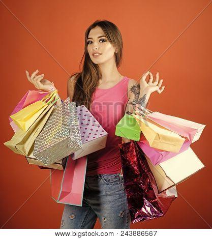 Shopaholic Woman. Sale, Purchase, Shop, Shopping. Fashion, Beauty, Style, Vogue. Woman Shopper With