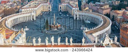Vatican City, Vatican - January 07, 2015: Looking Down Panorama View Over Saint Peter Square (piazza