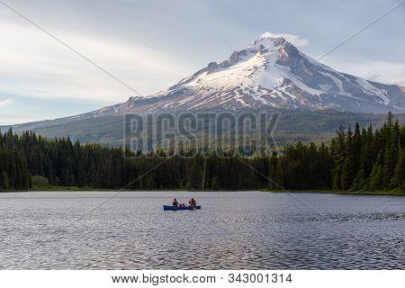 Trillium Lake, Mt. Hood National Forest, Oregon, United States Of America - June 30, 2019: Family Ca