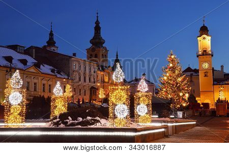 Banska Bystrica, Slovakia - December 10, 2017: Christmas Square In Banska Bystrica With Christmas Tr