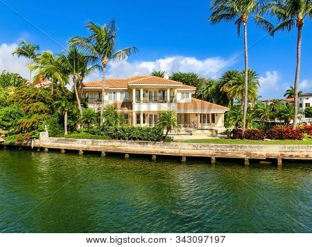 Canals And Waterfront Houses Along New River In Fort Lauderdale. Las Olas Isles Neighborhood