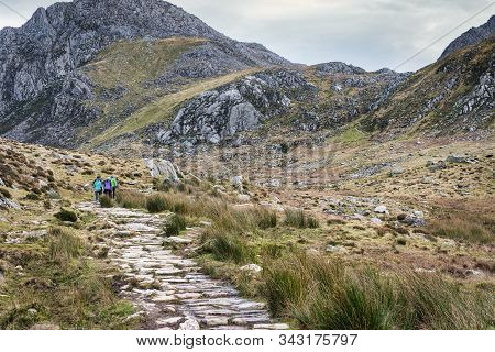 Hiking Trail At Glyderau In Snowdonia National Park In Wales