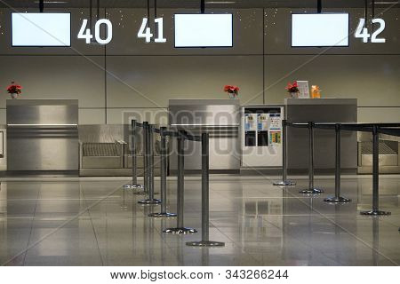 Approach To The Passenger Check-in Desk At The International Airport, Baggage Check-in Counters, Scr