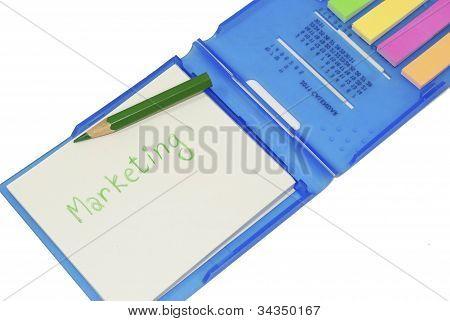 Geschäft Marketing-Strategie-Konzept, Strategie auf Memo Stick Notes Foto