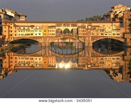 Florence Ponte Vecchio Bridge at sunset