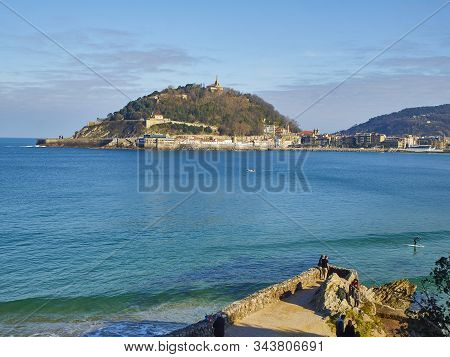 San Sebastian, Spain - January 1, 2020.the Concha Bay With The Monte Urgull In The Background At Sun