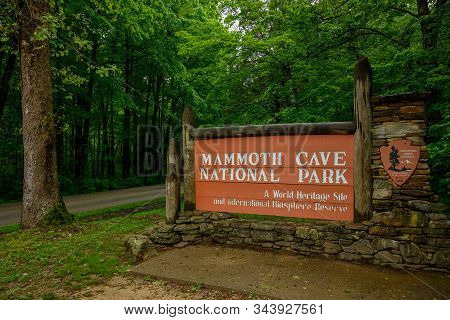 Mammoth Cavem, United States: May 5, 2019: Mammoth Cave National Park Entry Sign
