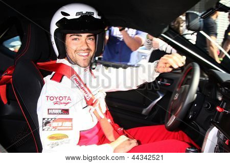 LOS ANGELES - APR 9:  Jesse Metcalfe at the Toyota ProCeleb Race Press Day 2013 at the Toyoto Grand Prix Circuit on April 9, 2013 in Long Beach, CA