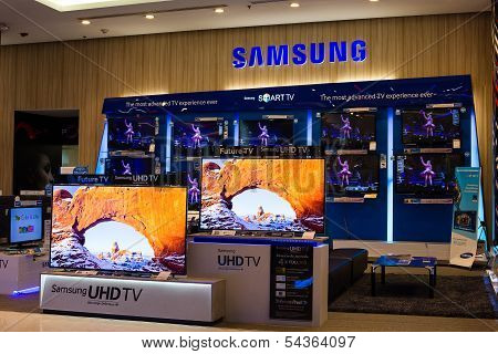 Samsung Stand In Siam Paragon Mall. Bangkok, Thailand.