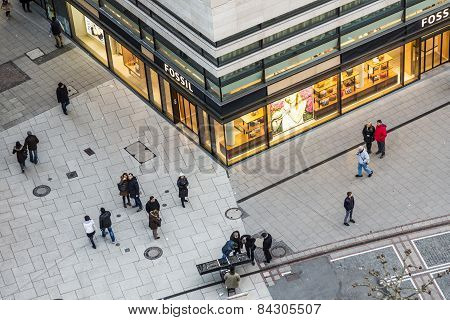 People Walk Along The Zeil In Late Afternoon
