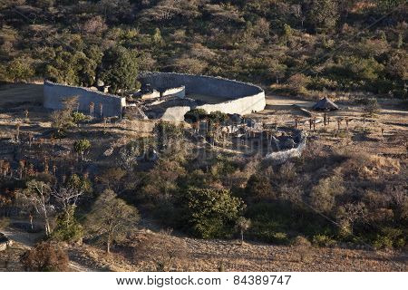 A close up of the wall of the Great Zimbabwe building