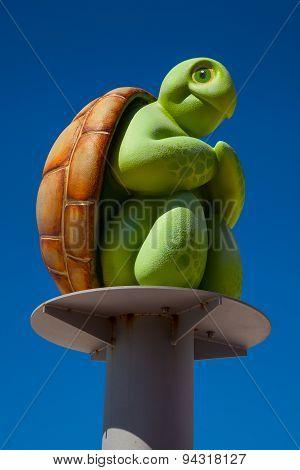 Turtle on a pole