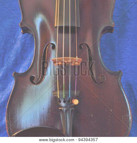 Square Pastel Violin Image