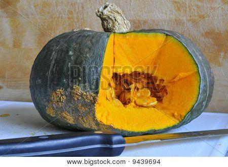 Pumpkin and Knife