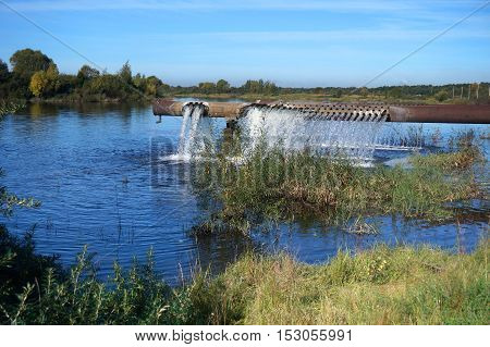 aerator oxygen to the pond, improves the ecosystem of the drinking lakes