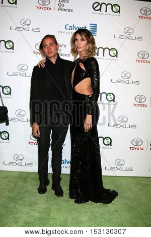 LOS ANGELES - OCT 22:  Guest, Dawn Olivieri at the 26th Annual Environmental Media Awards at Warner Brothers Studio on October 22, 2016 in Burbank, CA