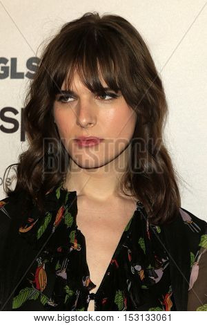 LOS ANGELES - OCT 21:  Hari Nef at the 2016 GLSEN Respect Awards at Beverly Wilshire Hotel on October 21, 2016 in Beverly Hills, CA