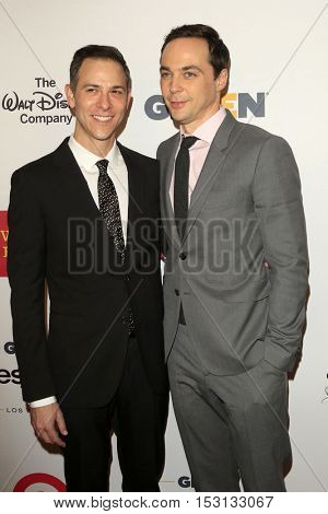 LOS ANGELES - OCT 21:  Todd Spiewak, Jim Parsons at the 2016 GLSEN Respect Awards at Beverly Wilshire Hotel on October 21, 2016 in Beverly Hills, CA