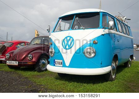 KRONSTADT, RUSSIA - SEPTEMBER 04, 2016: The Volkswagen Beetle car and microbus of Volkswagen T1 Kombi of the 1950th years at an exhibition parade of a retro cars