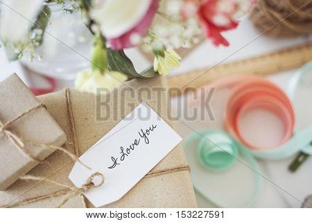 Present Paper Gift Wrap Concept