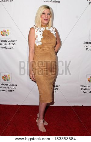 LOS ANGELES - OCT 23:  Tori Spelling at the Elizabeth Glaser Pediatric AIDS Foundation A Time For Heroes Event at Smashbox Studios on October 23, 2016 in Culver City, CA