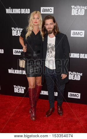 LOS ANGELES - OCT 23:  Jennifer Akerman, Tom Payne at the AMC's Special Edition of