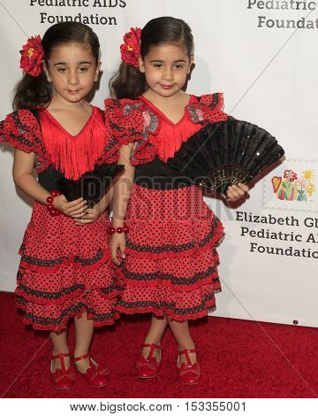 LOS ANGELES - OCT 23:  Royal Twins, Bella, Chloe at the Elizabeth Glaser Pediatric AIDS Foundation A Time For Heroes Event at Smashbox Studios on October 23, 2016 in Culver City, CA